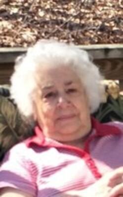 Josephine R Kutsunakis