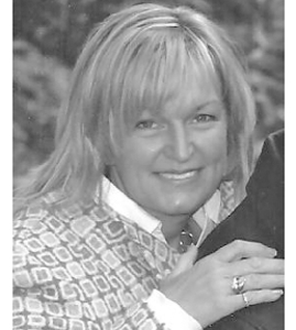 Lori  DEBBYSHIRE