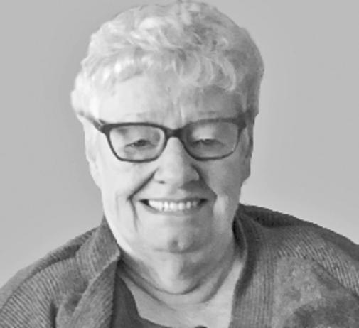 Carol  BLOOS