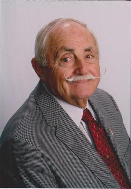 Douglas  Riffe